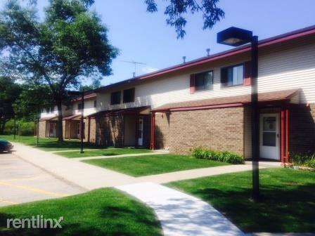 1110 38th Avenue, Menominee, MI - Rent Based On Income