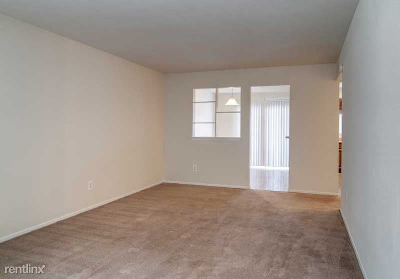 8201 West Bellfort Avenue, Houston, TX - $625 USD/ month