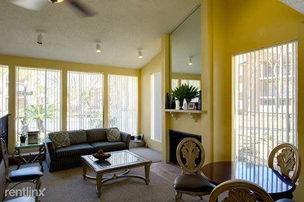 16900 Northchase Drive - 629USD / month
