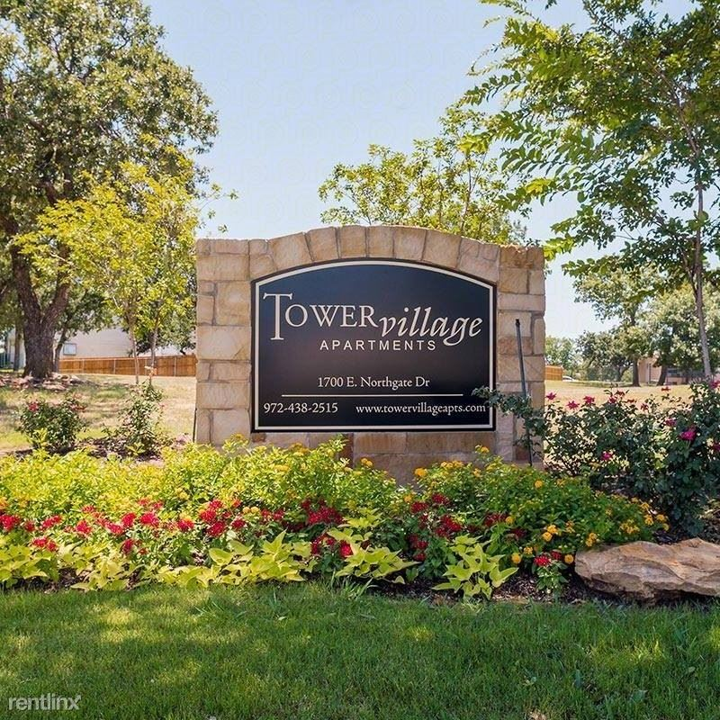 1700 East Northgate Drive - 900USD / month