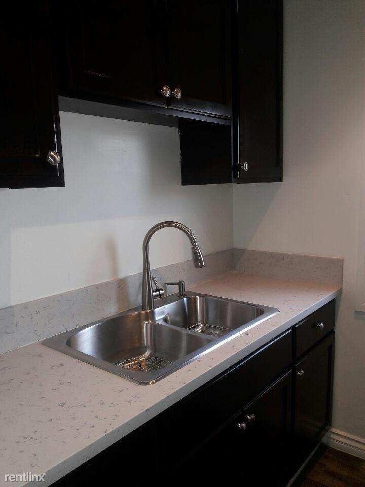 2667 E 57th St, Huntington Park, CA - $1,500