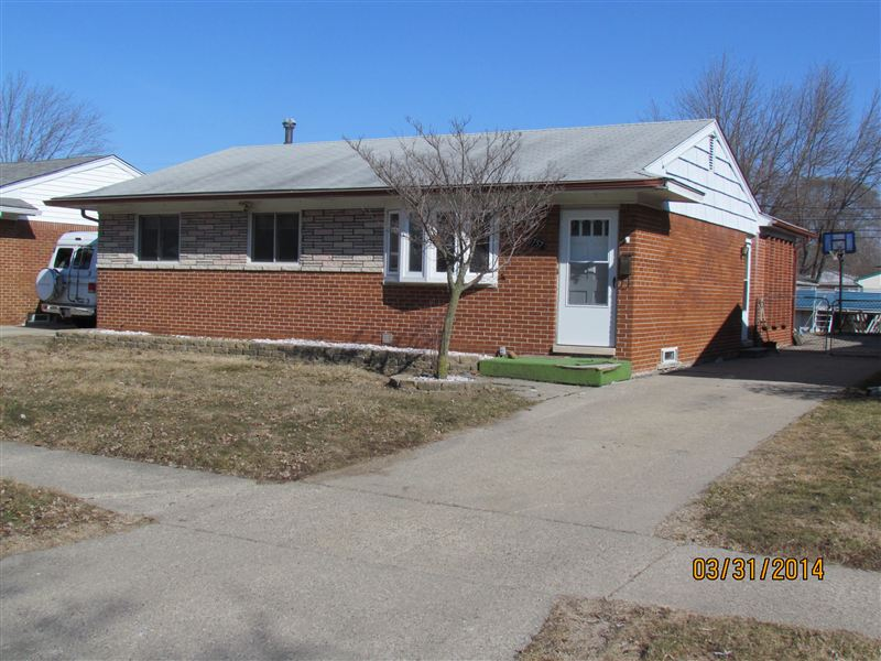 House for Rent in Clinton Twp