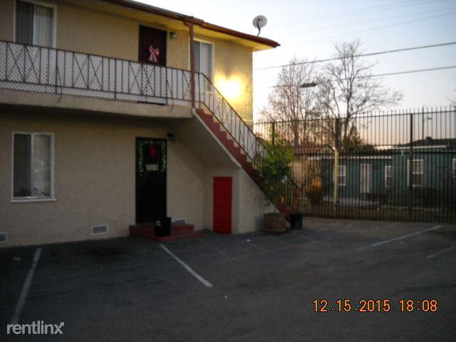 810 W 137th St, Compton, CA - $1,195