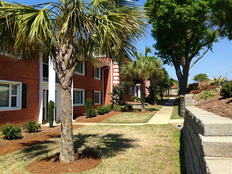 1251 West Ave, North Augusta, SC - $1,150 USD/ month