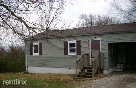 3226 N Howard Ave, Springfield, MO - $395