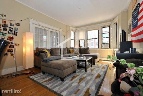 209 Saint Paul St # Iii, Brookline, MA - $6,500 USD/ month