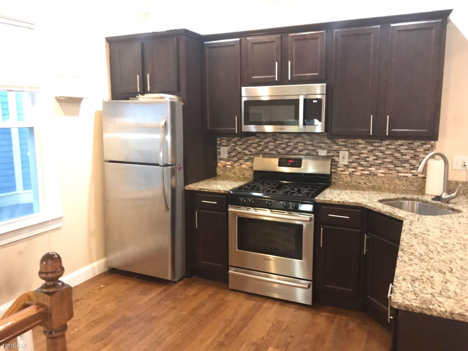 62 Wyman St # 1, Jamaica Plain, MA - $4,500