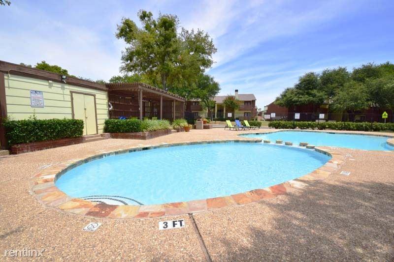 500 Rolling Hills Place, Lancaster, TX - $1,195