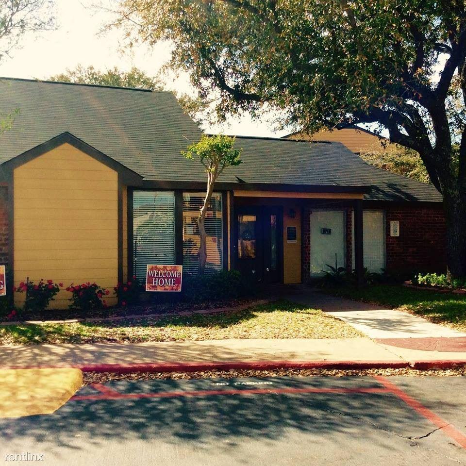 12800 Dunlap Street, Houston, TX - 615 USD/ month