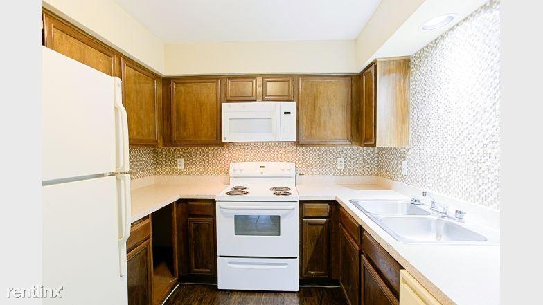 4731 North Galloway Avenue, Mesquite, TX - $1,109