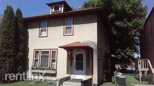 519 N Broadway, Crookston, MN - $850