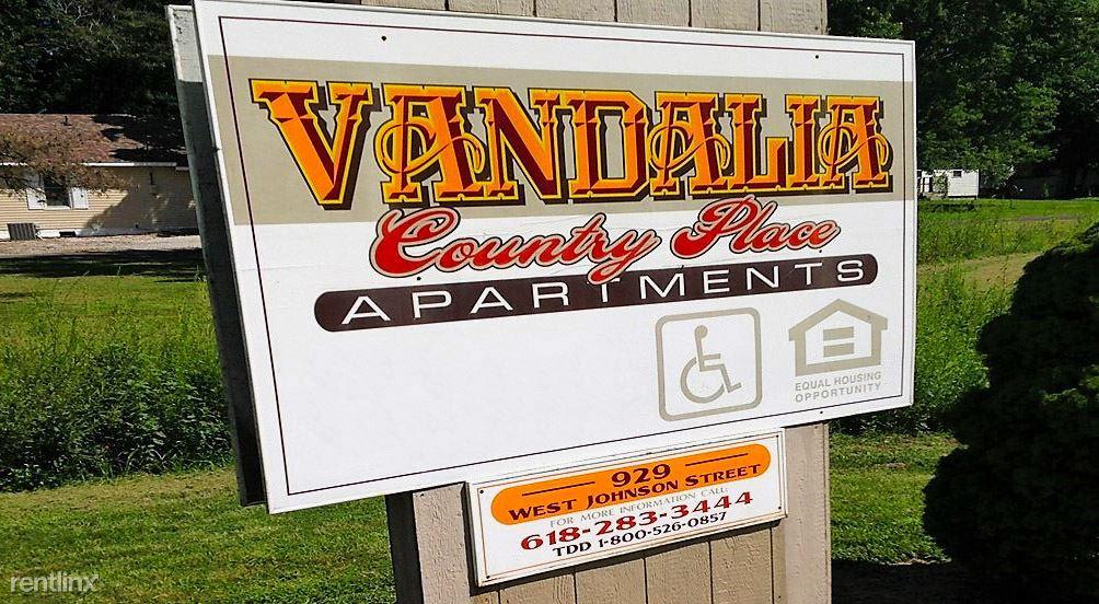 929 W Johnson St, Vandalia, IL - $475