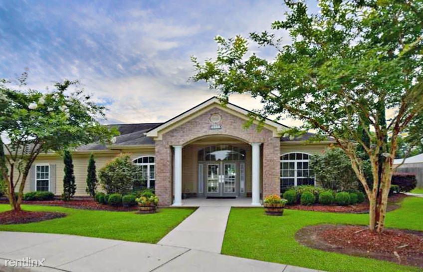 4888 Hooper Rd, Baton Rouge, LA - $1,130