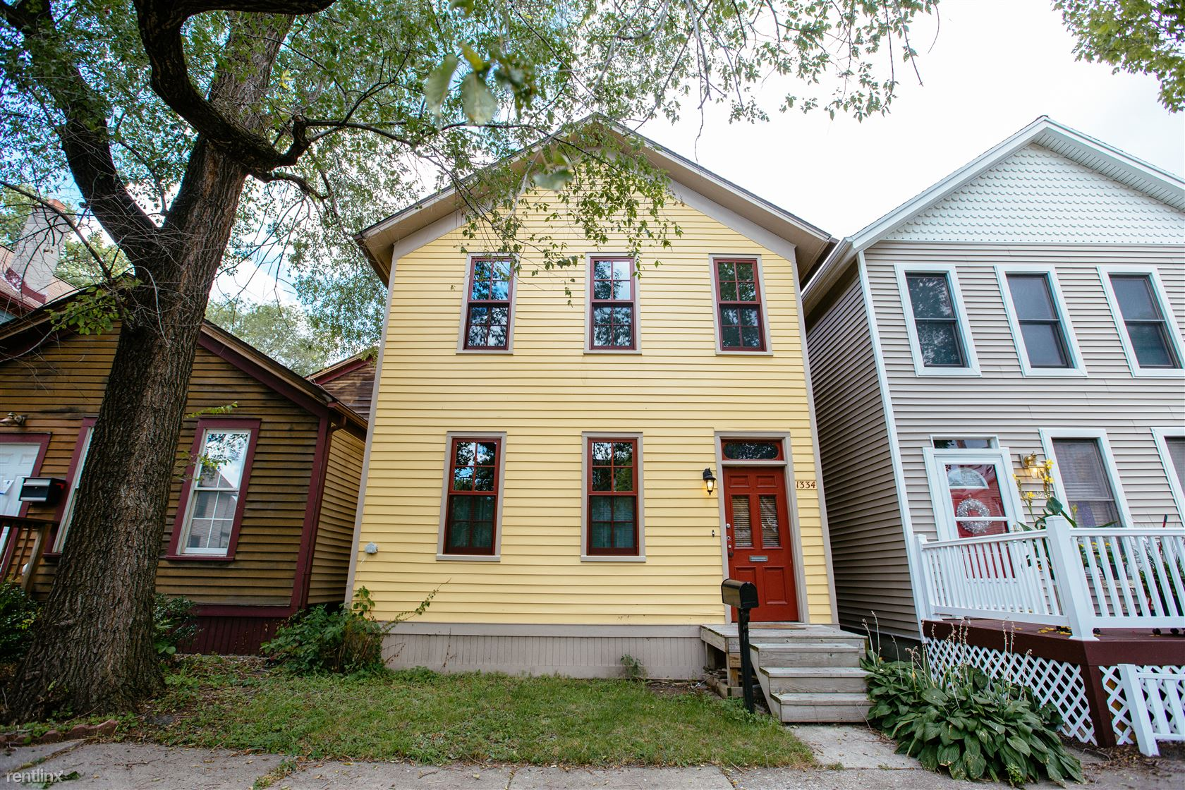 1334 Labrosse St, Detroit, MI - $2,200 USD/ month