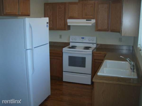 1118 S Oregon St, Yreka, CA - $750 USD/ month