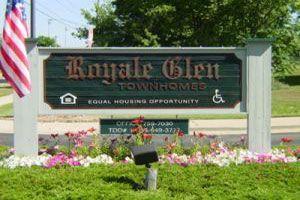 1085 Royale Glen Dr, Muskegon, MI - $757