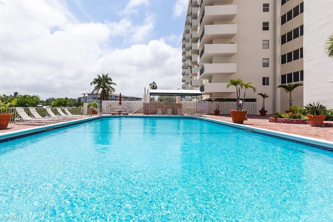 401 Golden Isles Dr Apt 741, Hallandale Beach, FL - $1,700