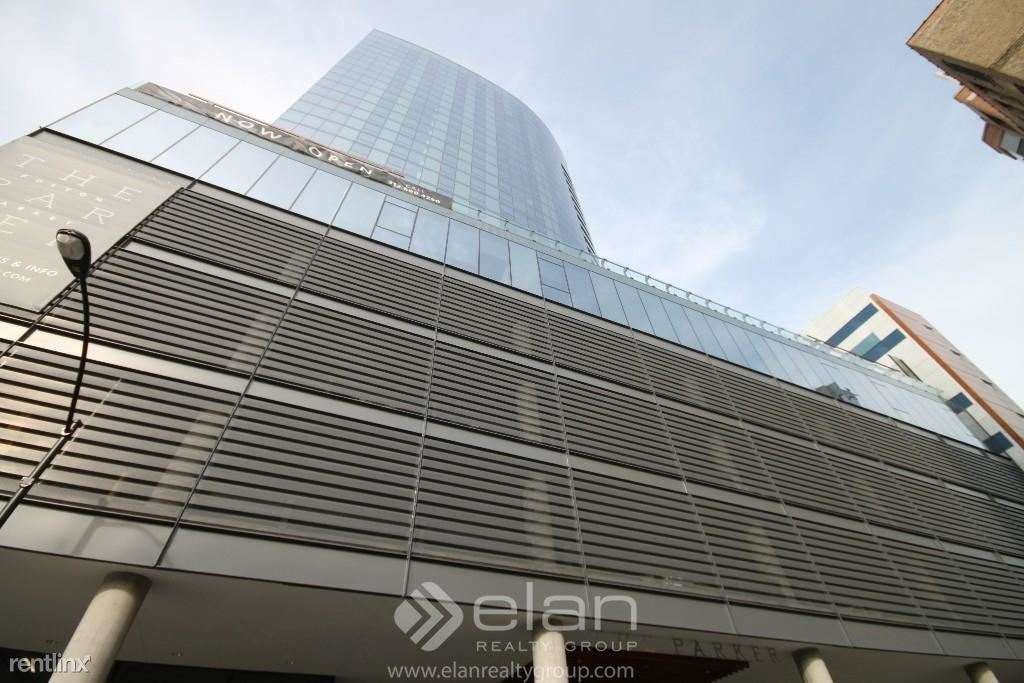 730 W Couch Pl, Chicago, IL - $5,843