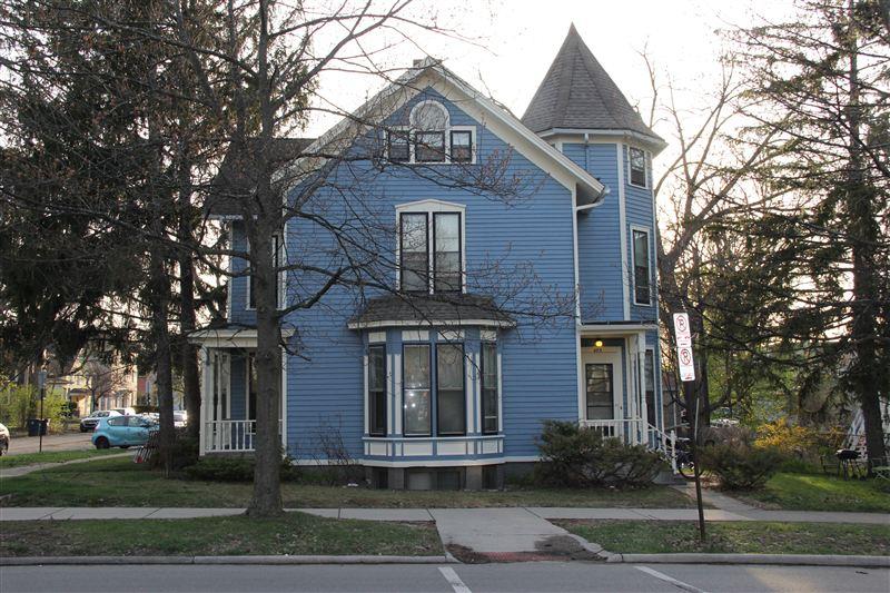 403 N State St # 1, Ann Arbor, MI - $3,200