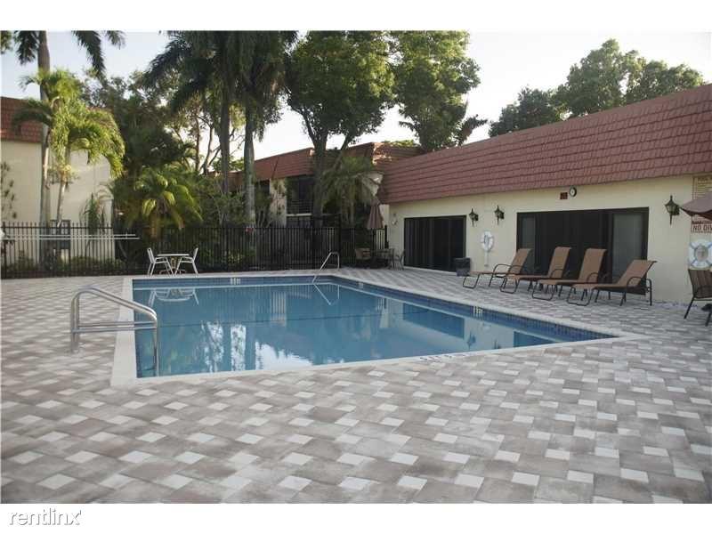 134 S Cypress Rd Unit A, Pompano Beach, FL - $2,800