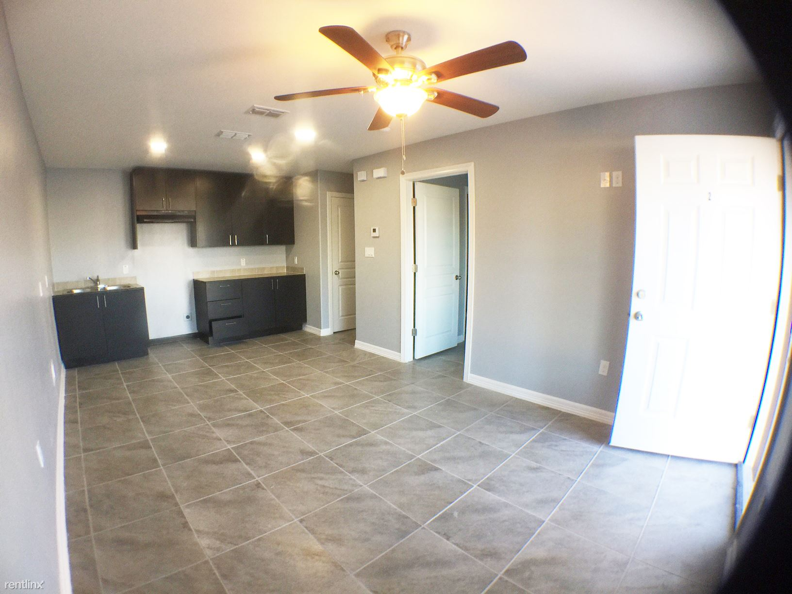 3206 Hill Crest Dr, Mission, TX - $530