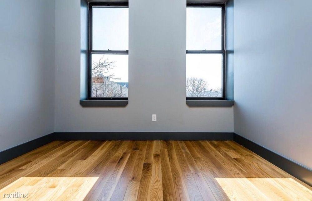 611 Seneca Ave, Ridgewood, NY - $2,000