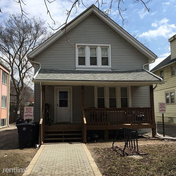 1315 S State St, Ann Arbor, MI - $4,950