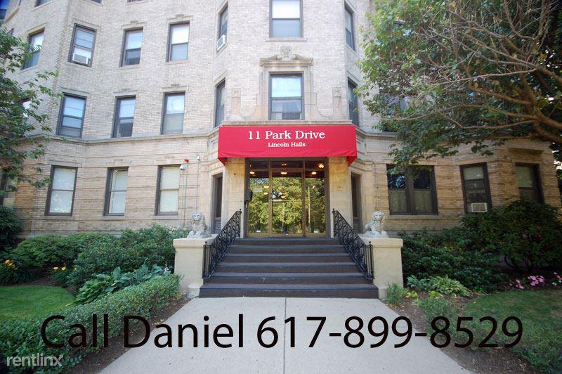 11 Park Dr, Boston, MA - 1,750 USD/ month