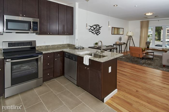Park Pl, New Rochelle, NY - $2,800