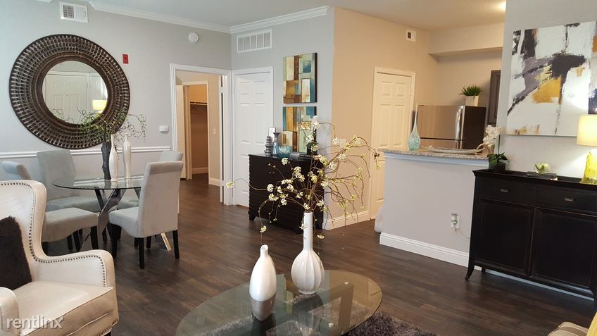 2950 Mustang Dr, Grapevine, TX - $1,375