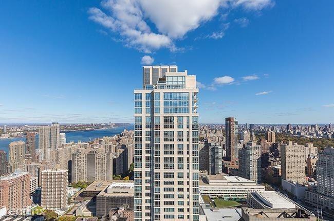 160 W 62nd St #27E, New York, NY - $10,200