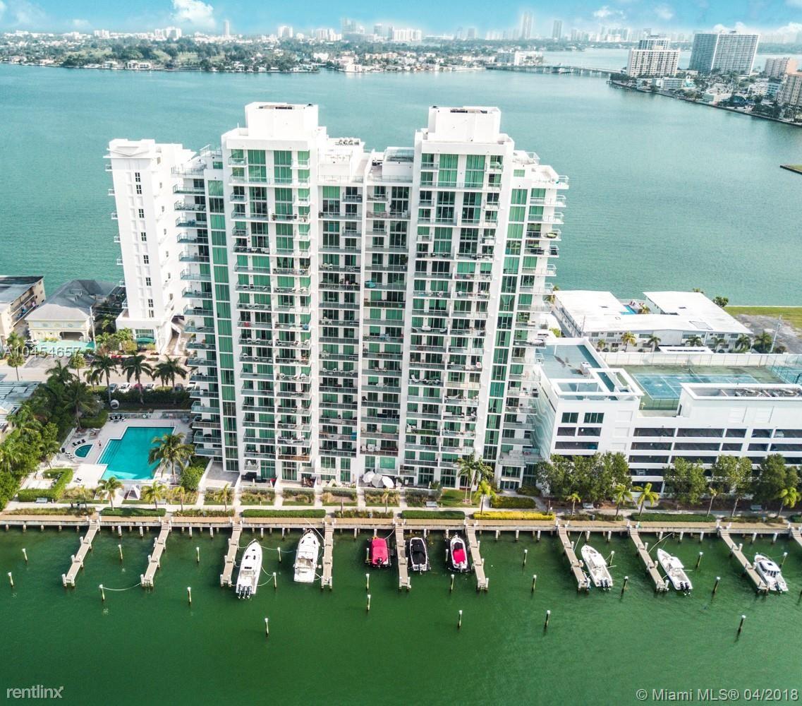 7928 East Dr, North Bay Village, FL - $4,500