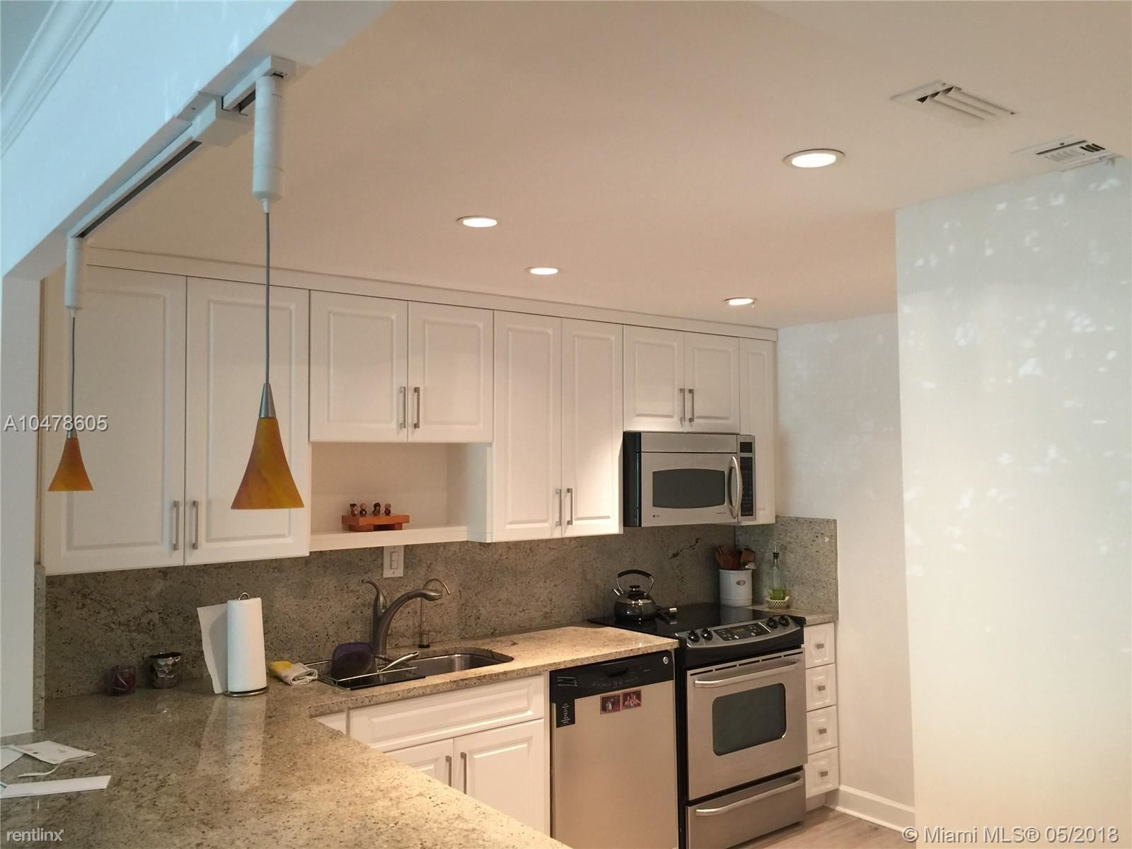 100 Edgewater Dr # 139A - 2350USD / month
