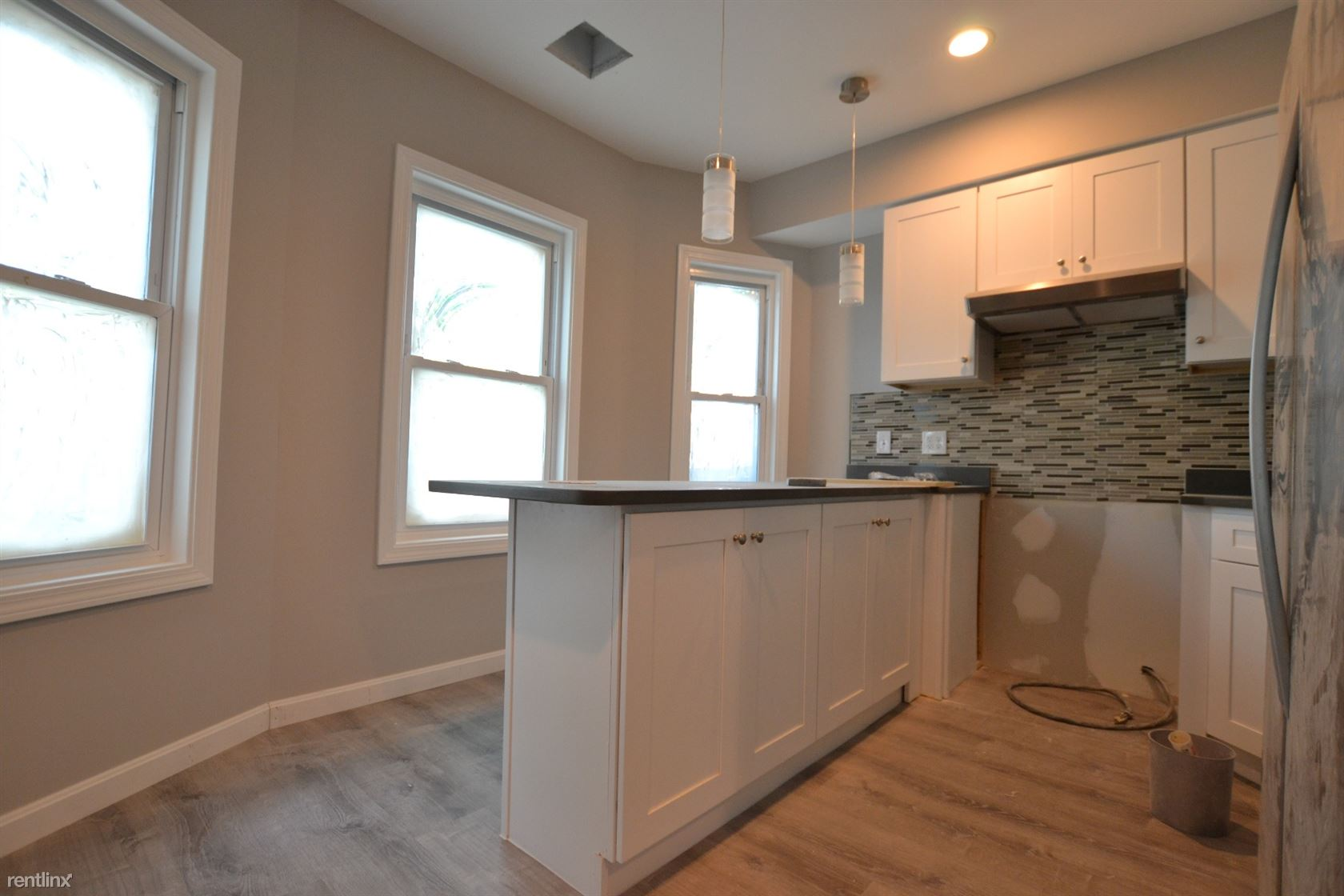 39 Long Ave # 2DB, Allston, MA - $5,400