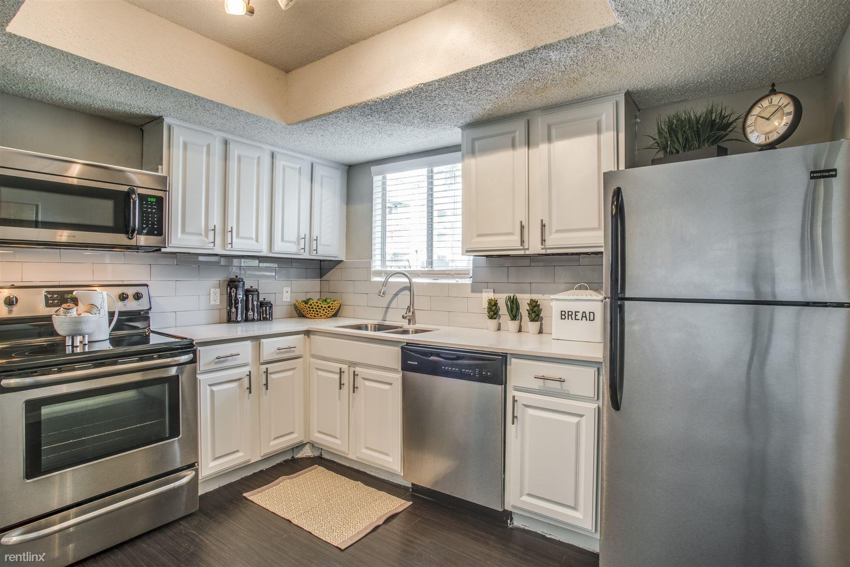 9911 Whitehurst Drive, Dallas, TX - $895
