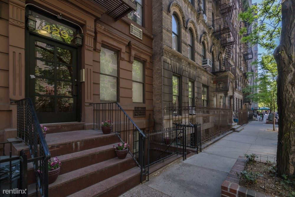 429 E 80th St #2A - 2475USD / month