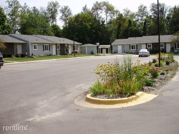 10800-10876 Vans Lane, Fife Lake, MI - $548