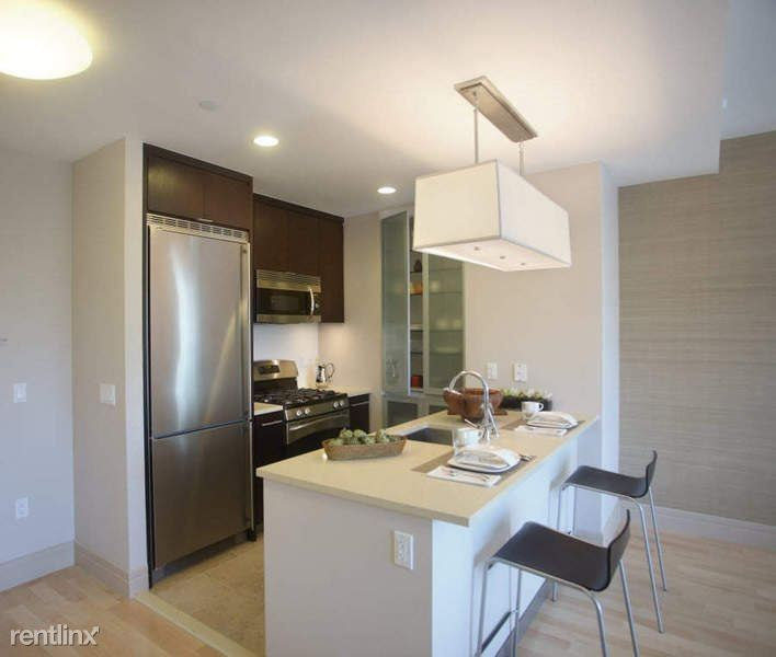 200 W 72nd St #18E, New York, NY - $19,750 USD/ month