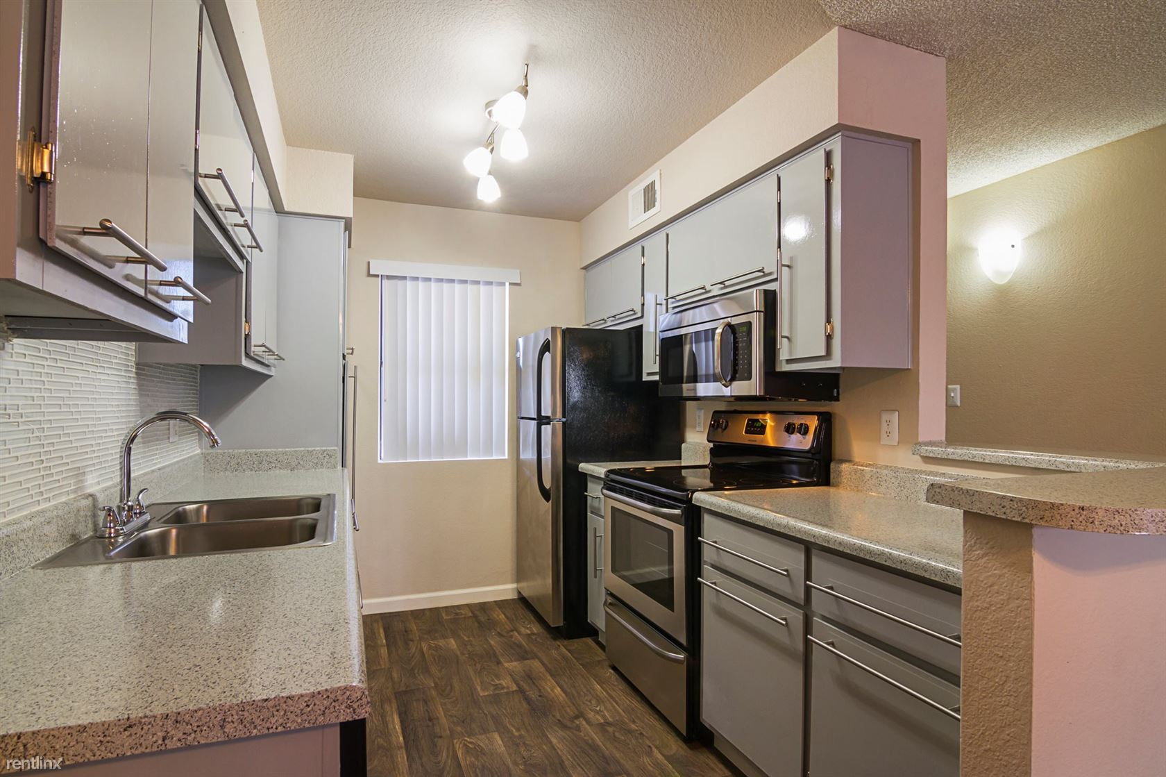 44st and Thunderbird, Phoenix, AZ - $1,299
