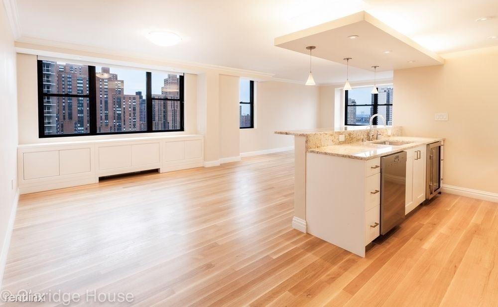 201 E 87th St #17NP, New York, NY - $13,995 USD/ month