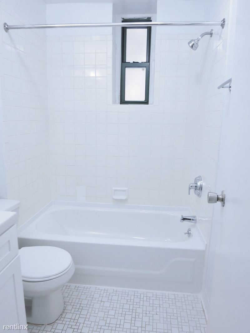 519 East 78th Street #1C - 2275USD / month