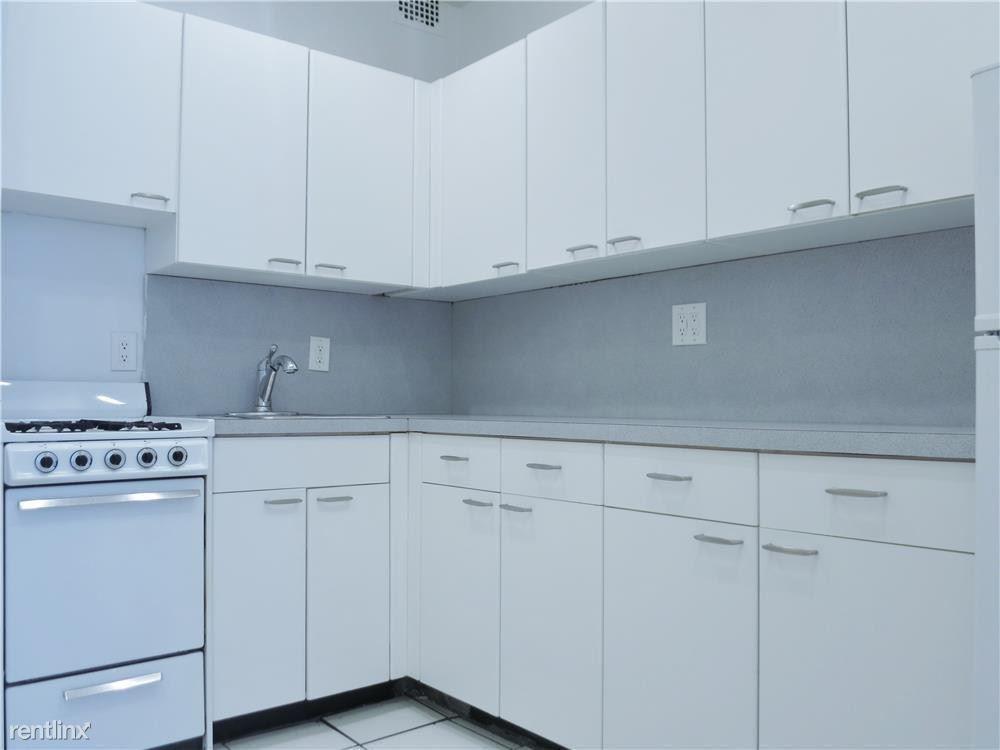 433 East 83rd Street #3D, New York, NY - $2,150