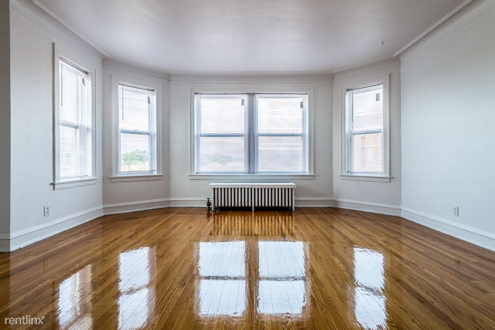 7949 S Winchester Ave, Chicago, IL - 1,110 USD/ month