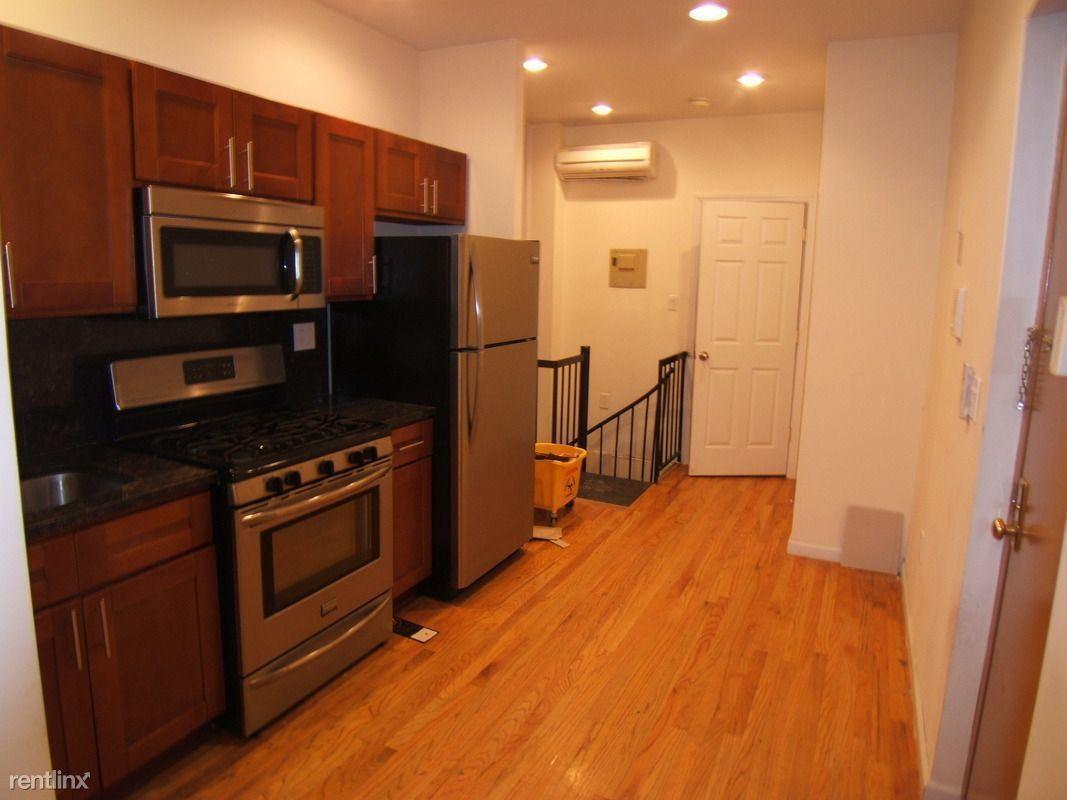 677 Lincoln Pl #1A, Brooklyn, NY - $2,500