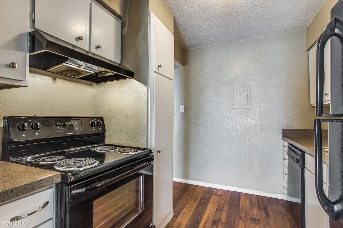 6822 South Hulen Street, Fort Worth, TX - Rent Based On Income