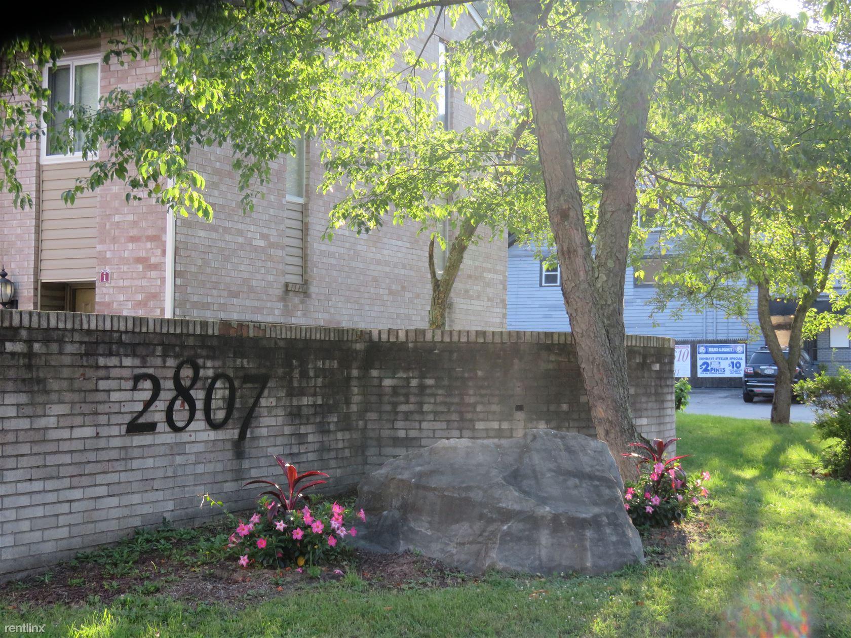 2807 Lincoln Way, White Oak, PA - $905