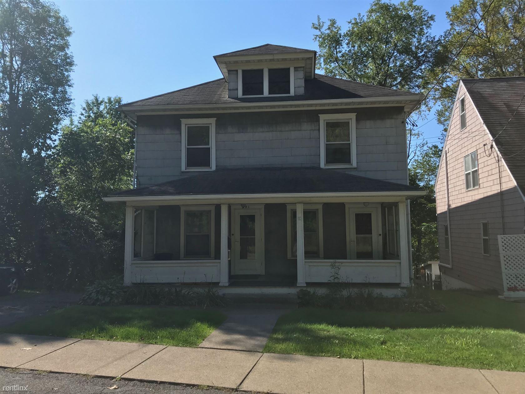 241 Prospect St, Binghamton, NY - $675