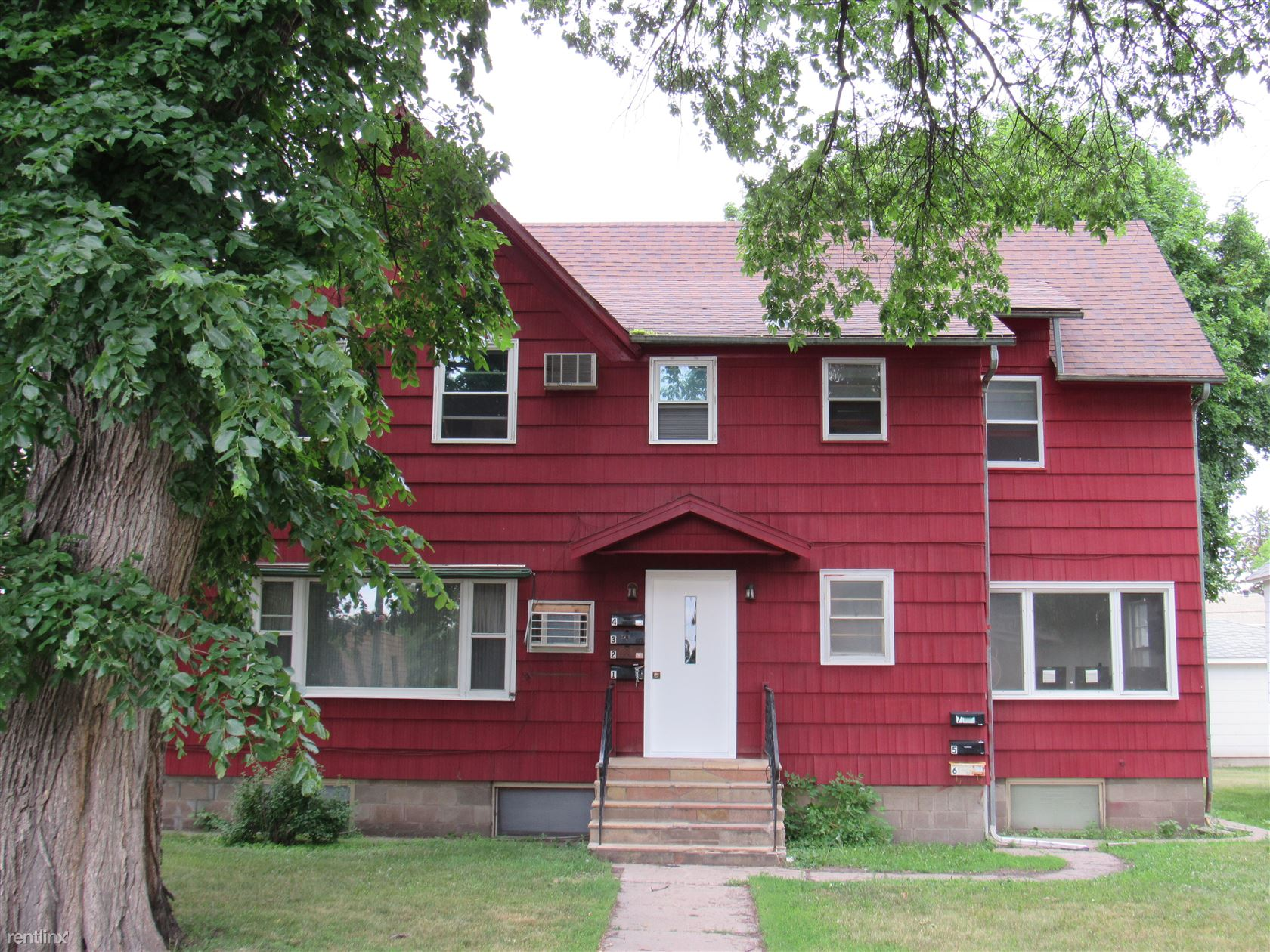 227 Central Ave S, Valley City, ND - $575 USD/ month