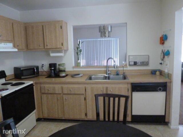 222 NW 41st Ave, Deerfield Beach, FL - $2,000