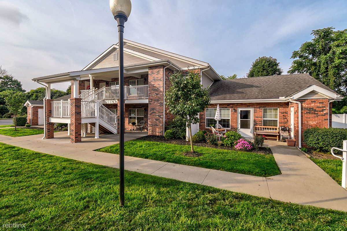 110 Colonial Sq Apt G, Belpre, OH - $515